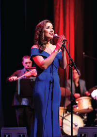 Alinta Chidzey stars in Jazz on the Silver Screen