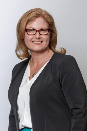 Headshot of Cardinia  Shire Council CEO Carol Jeffs