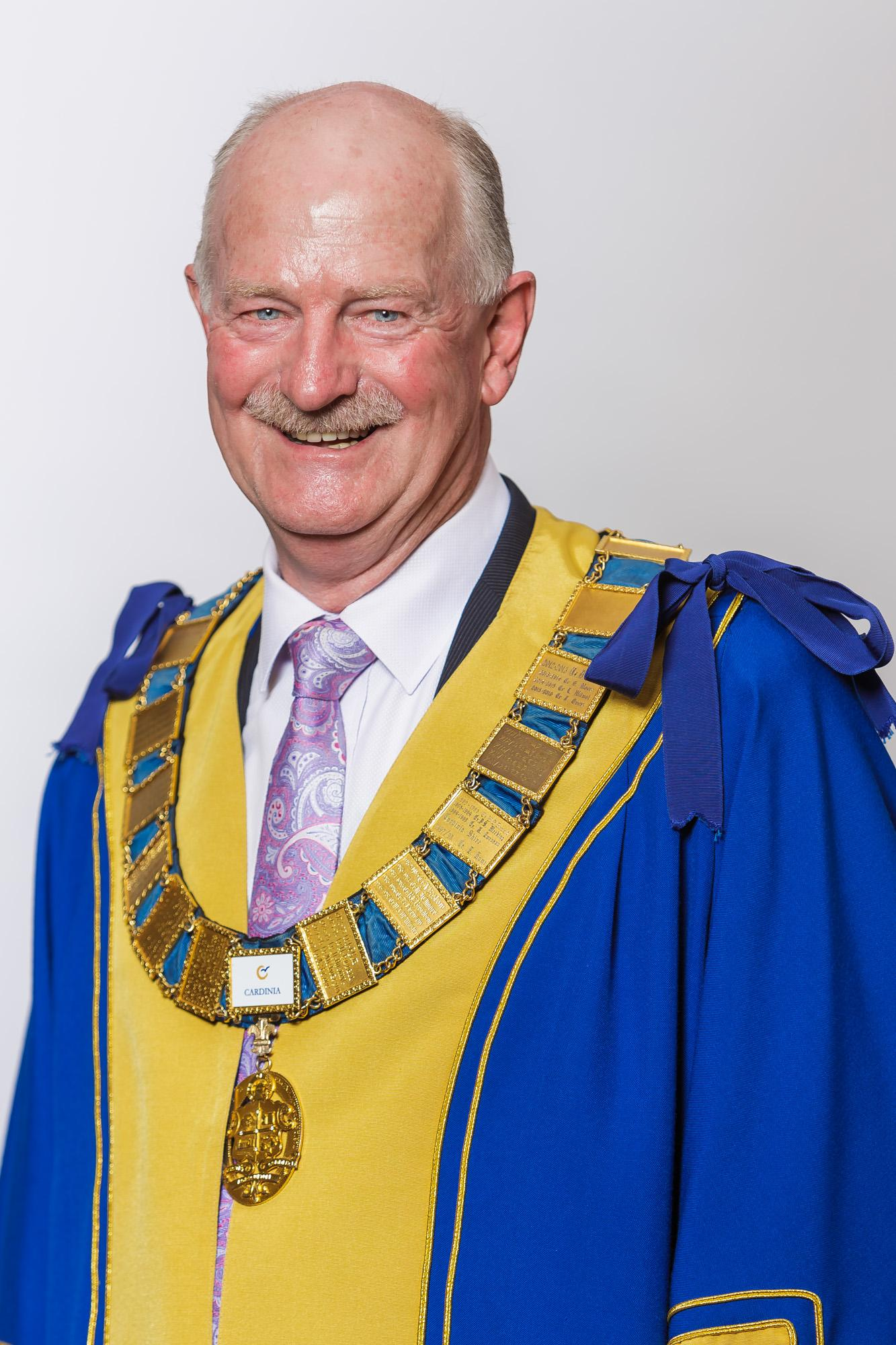Headshot of Mayor Cr Graeme Moore on appointment